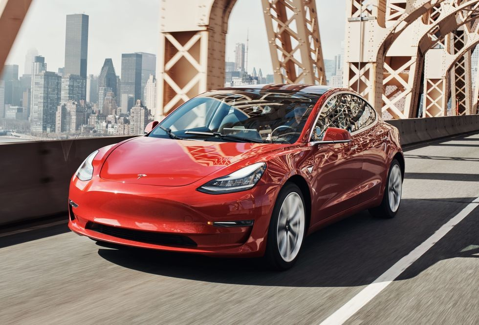 Tesla Is Now Making 2,000 Model 3s Per Week